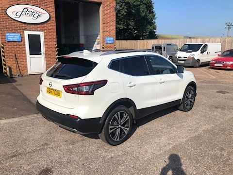 Qashqai N-Connecta Dci Hatchback 1.5 Manual Diesel