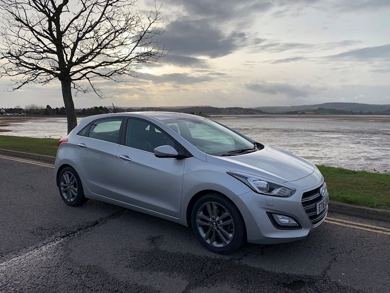 I30 Premium Hatchback 1.6 Manual Petrol