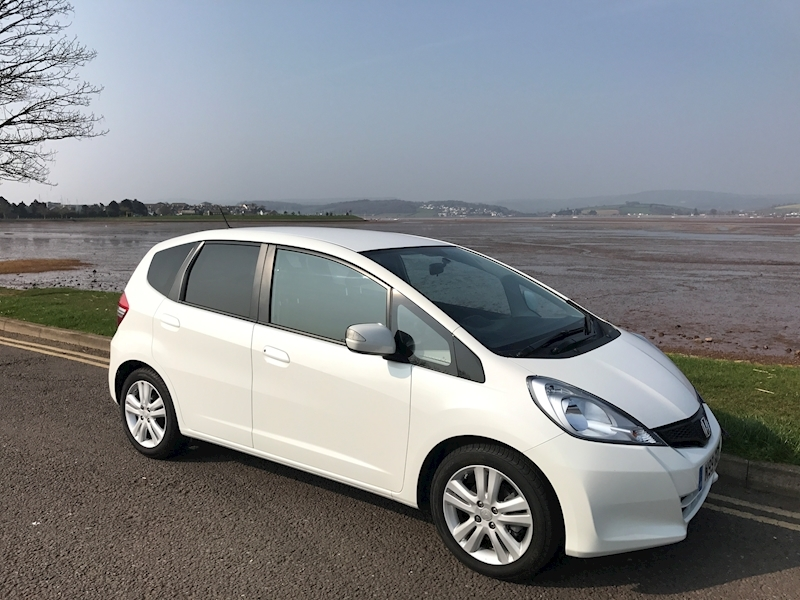 Honda Jazz 1.3 - Large 0