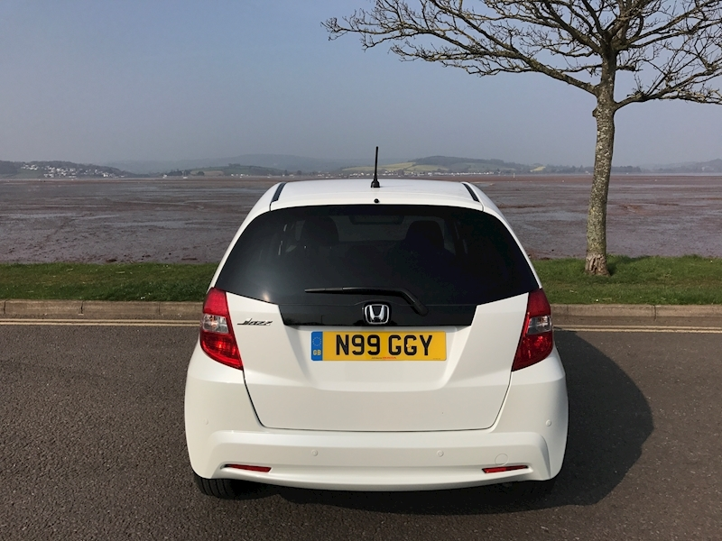 Honda Jazz 1.3 - Large 9