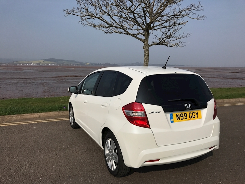 Honda Jazz 1.3 - Large 8