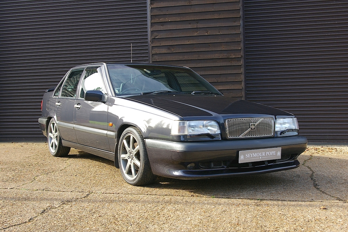 Volvo 850 850 R Saloon Manual - Large 0
