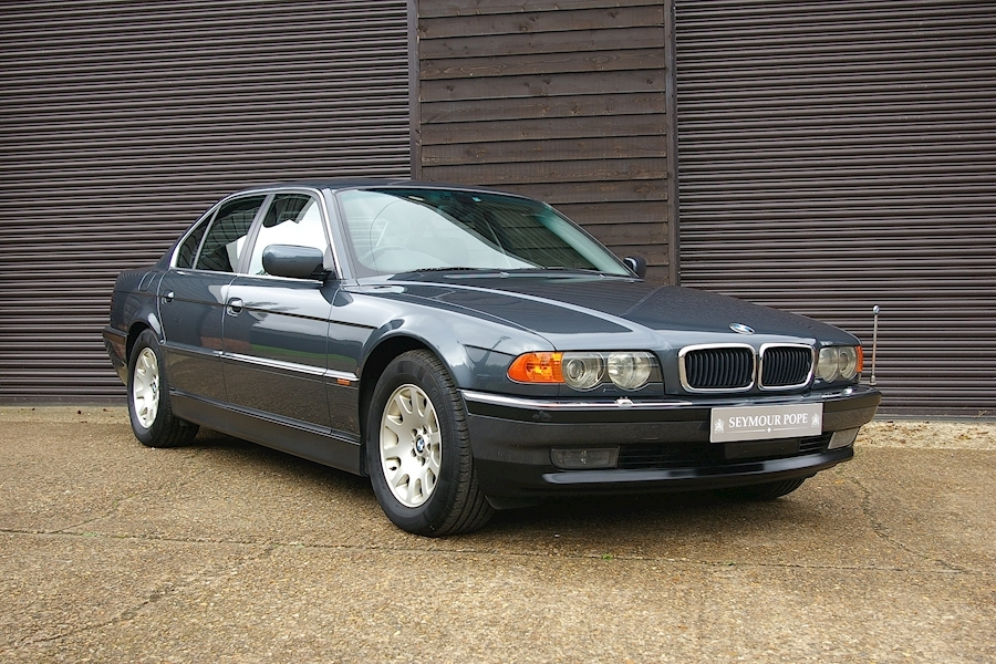 BMW 7 Series 735i SE Automatic