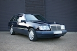 Mercedes-Benz E-Class W124 E280 Estate Automatic 7 Seats - Thumb 0