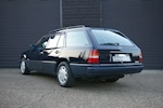 Mercedes-Benz E-Class W124 E280 Estate Automatic 7 Seats - Thumb 5