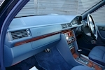 Mercedes-Benz E-Class W124 E280 Estate Automatic 7 Seats - Thumb 11