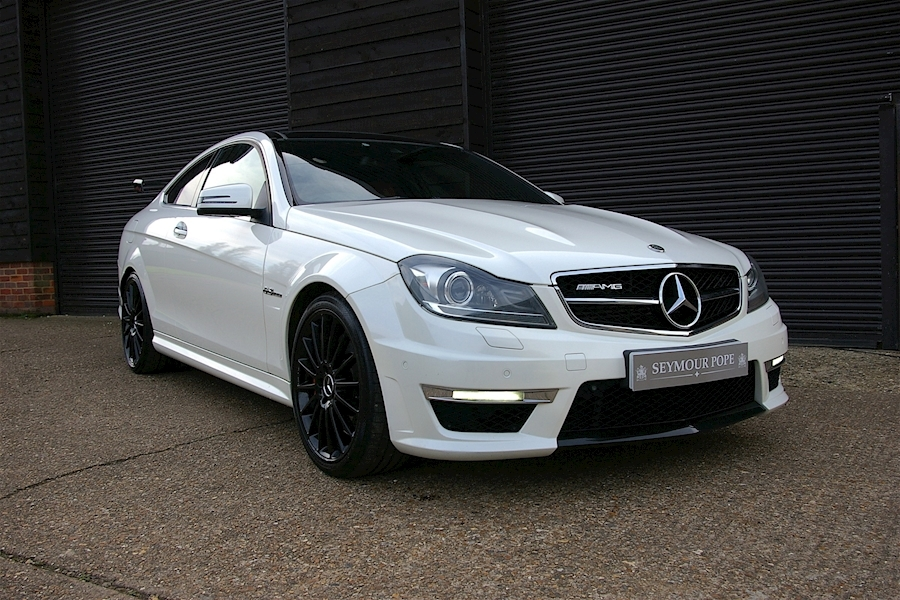 Mercedes-Benz C-Class C63 6.2 V8 AMG Performance Package Coupe  MCT 7S 2d Automatic