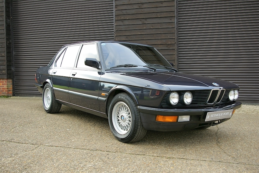 BMW 5 Series E28 M535i Exclusive Edition 5 Automatic LHD