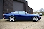 Jaguar Xk8 4.0 V8 Superchraged XKR Coupe - Thumb 3
