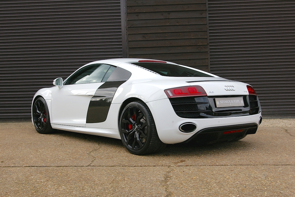 used audi r8 5 2 v10 quattro automatic coupe seymour pope. Black Bedroom Furniture Sets. Home Design Ideas