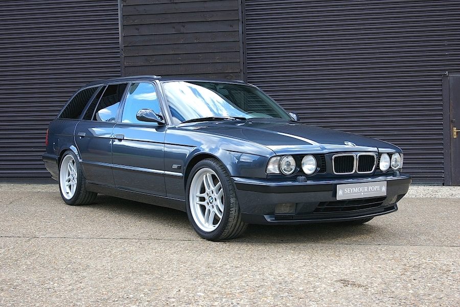 M5 E34 M5 3.8i 6 Speed Manual Touring 3800 5dr Estate Manual Petrol
