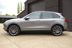 Cayenne V8 Turbo Tiptronic S 4.8 5dr Estate Automatic Petrol
