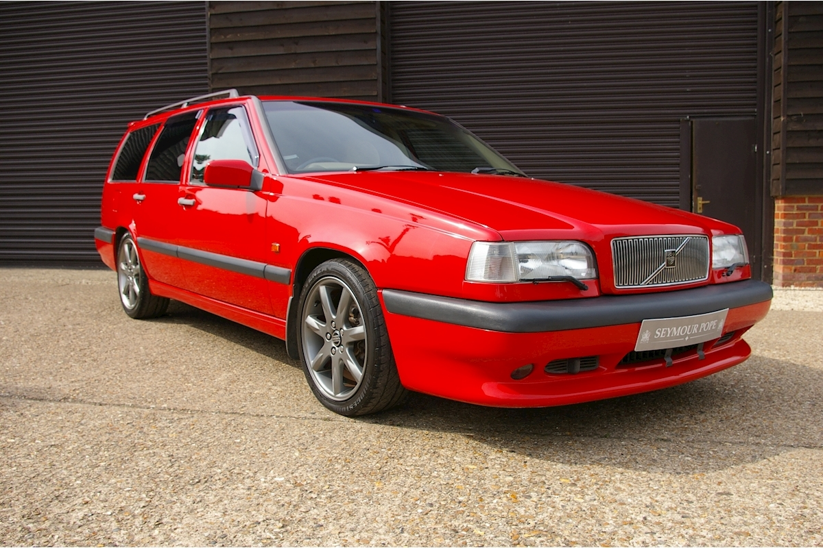 Volvo 850 2.3 R Estate Automatic - Large 0
