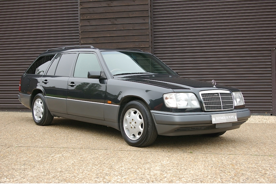 E-CLASS W124 E320 ESTATE AUTOMATIC 7 SEATS 3200 5dr ESTATE AUTOMATIC PETROL