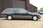 MERCEDES-BENZ E-CLASS W124 E320 ESTATE AUTOMATIC 7 SEATS - Thumb 3