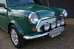 Rover Mini 1.3i Cooper 35th Anniversary LE Manual - Thumb 7