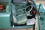 Rover Mini 1.3i Cooper 35th Anniversary LE Manual - Thumb 24