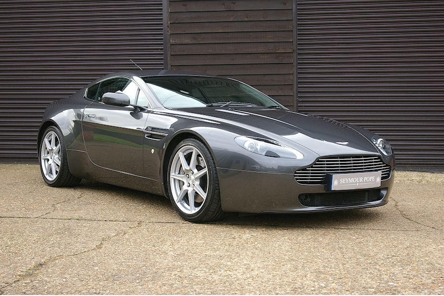 Aston Martin Vantage 4.3 Vantage V8 Coupe 6 Speed Manual