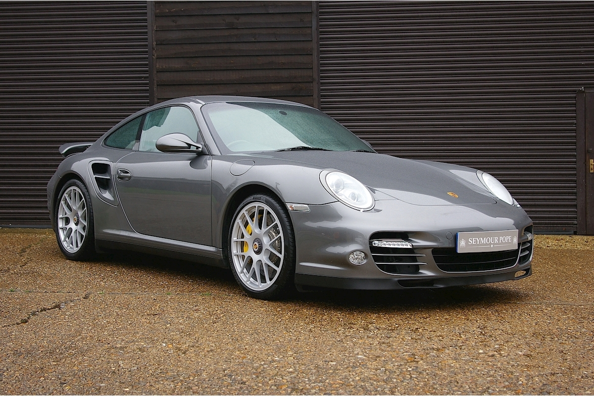 Porsche 911 3.8 Turbo S PDK AWD Coupe - Large 0
