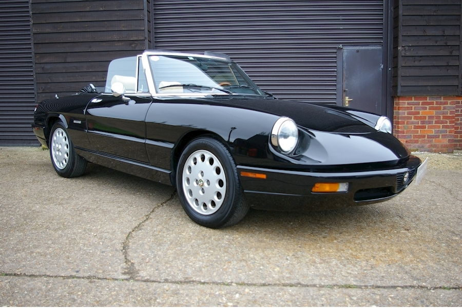 Alfa Romeo Spider SERIES 4 2.0 TWIN CAM 5 Speed Manual