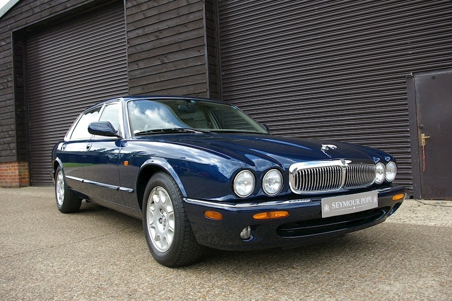 Jaguar Xj 4.0 V8 Sovereign Long Wheel Base Automatic Saloon