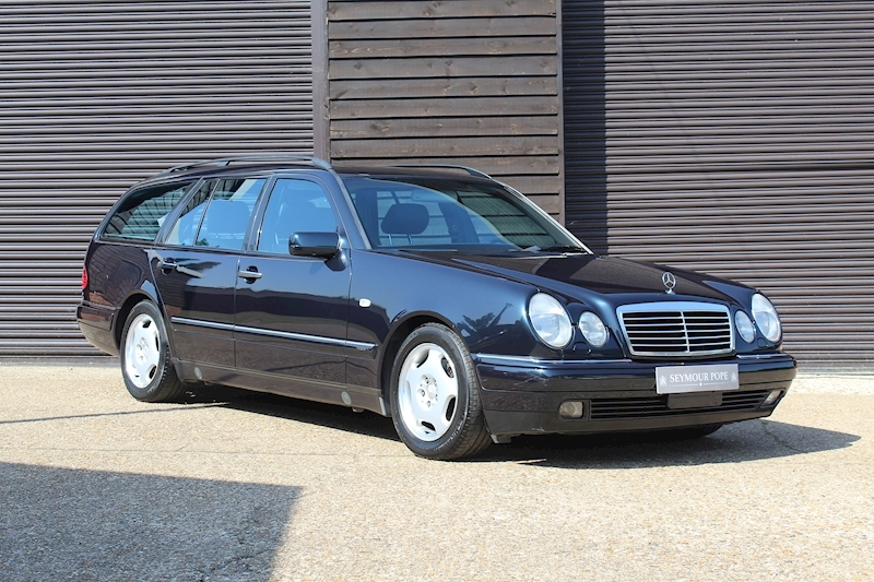Mercedes-Benz E Class W210 E320 Avantgarde Automatic 7 Seats LHD