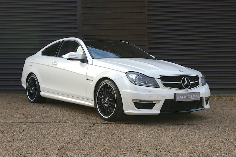Mercedes-Benz C Class C63 AMG 6.2 V8 Coupe MCT 7-Speed Auto