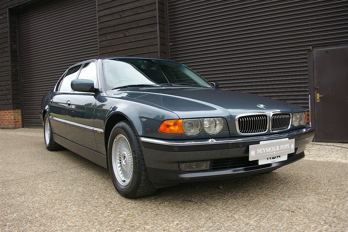 BMW 750iL 5.5 V12 Automatic Long Wheel Base - Large 0