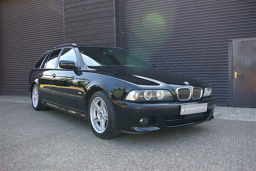 BMW 525i Sport Touring Automatic