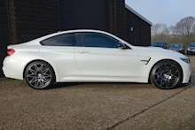 BMW F82 M4 3.0 Bi-Turbo Competition Package DCT Coupe Automatic - Thumb 3