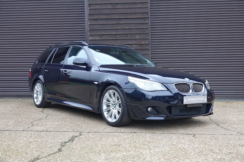 BMW 5 Series 530i M-SPORT Touring Automatic