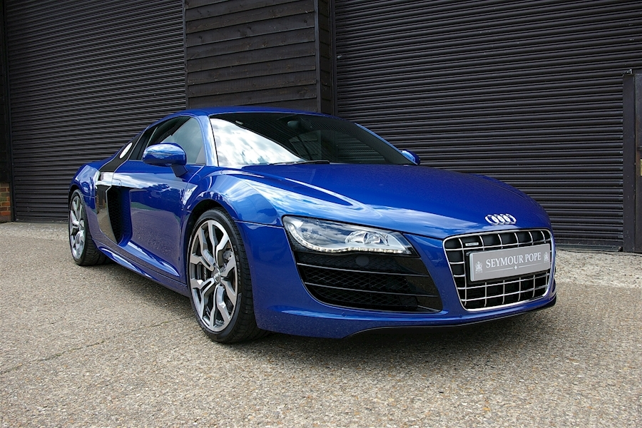 Audi R8 V10 5.2 Quattro 6 Speed Manual Coupe