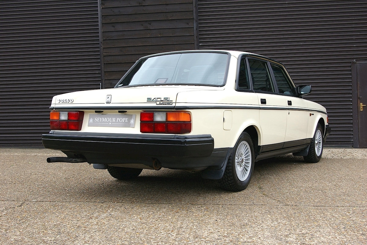 Used Volvo 240 GL LIMITED Automatic Saloon | Seymour Pope