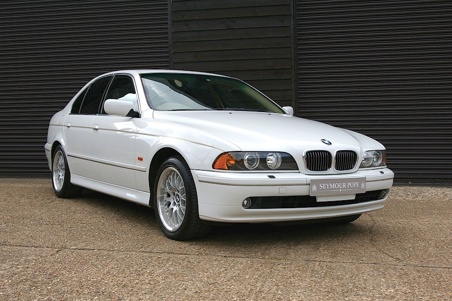BMW 5 Series E39 540i HIGHLINE Automatic Saloon