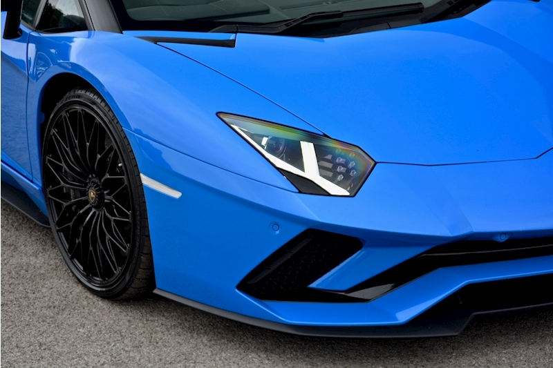Lamborghini Aventador S Roadster Huge Specfication + £350k List Price Image 16