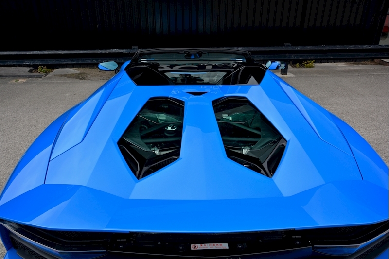 Lamborghini Aventador S Roadster Huge Specfication + £350k List Price Image 29