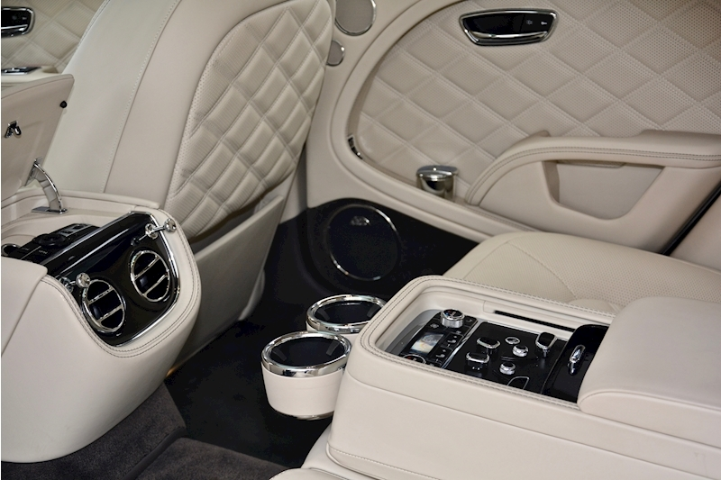 Bentley Mulsanne Speed Mulsanne Speed V8 Speed 6.8 2dr Saloon Automatic Petrol Image 25
