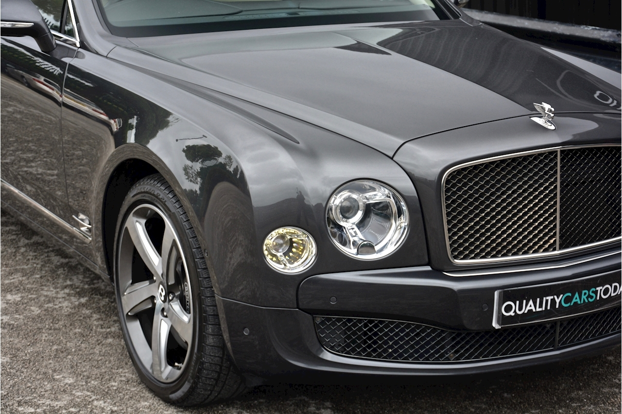 Bentley Mulsanne Speed Mulsanne Speed V8 Speed 6.8 2dr Saloon Automatic Petrol - Large 48