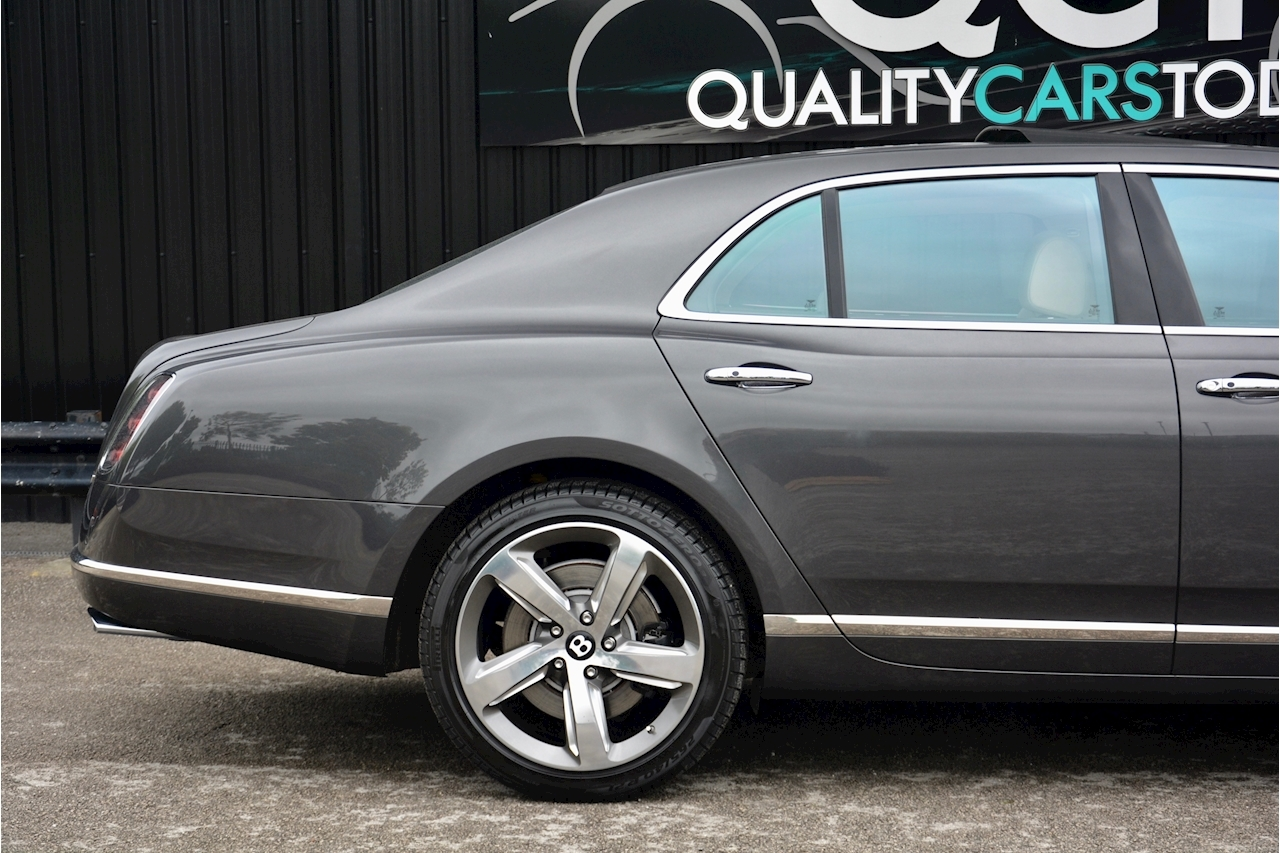 Bentley Mulsanne Speed Mulsanne Speed V8 Speed 6.8 2dr Saloon Automatic Petrol - Large 46