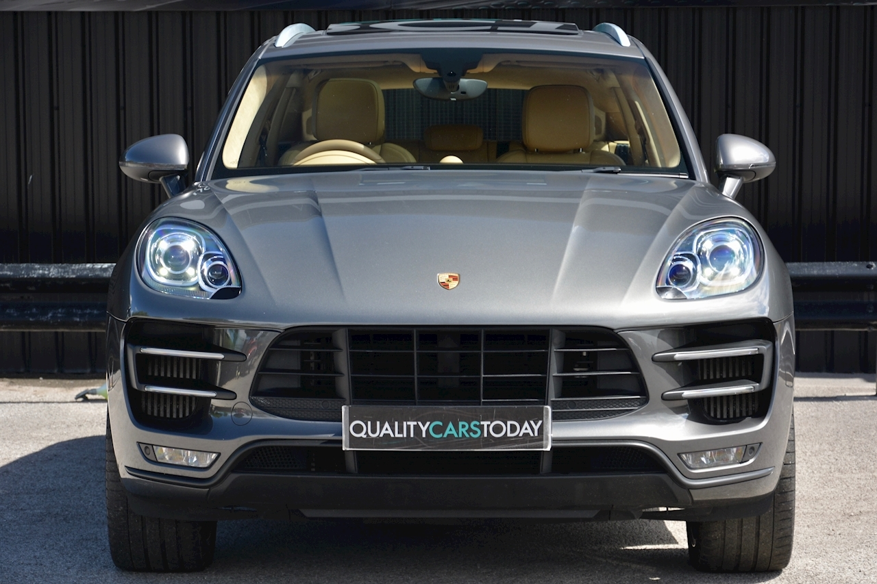 porsche Macan Air Suspension + Sport Chrono + Massive Spec - Large 3