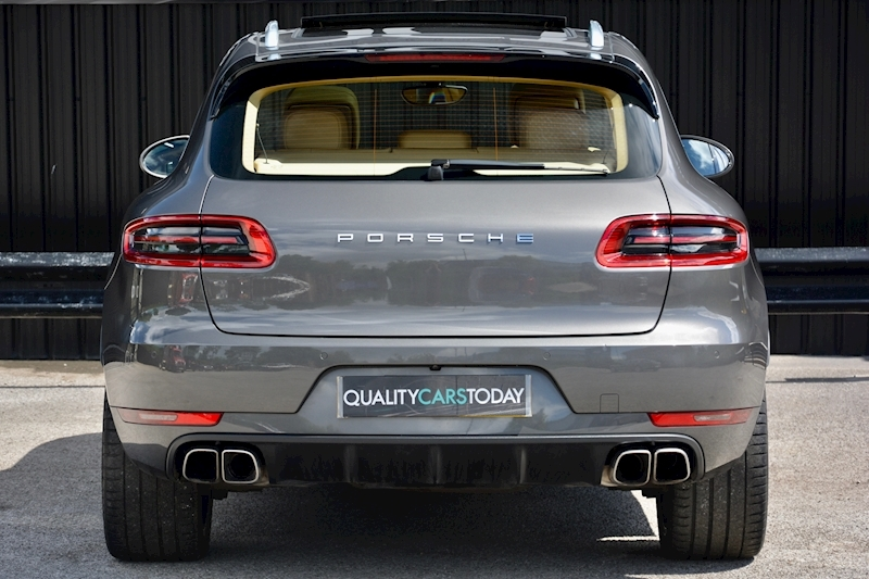 porsche Macan Air Suspension + Sport Chrono + Massive Spec Image 4