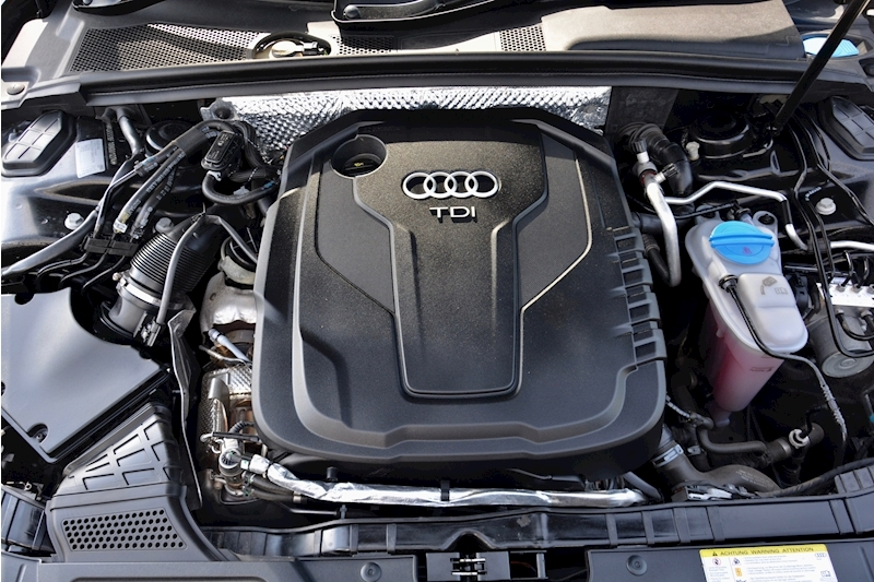 Audi A5 High Spec + Audi Service Plan + Audi Warranty Image 11