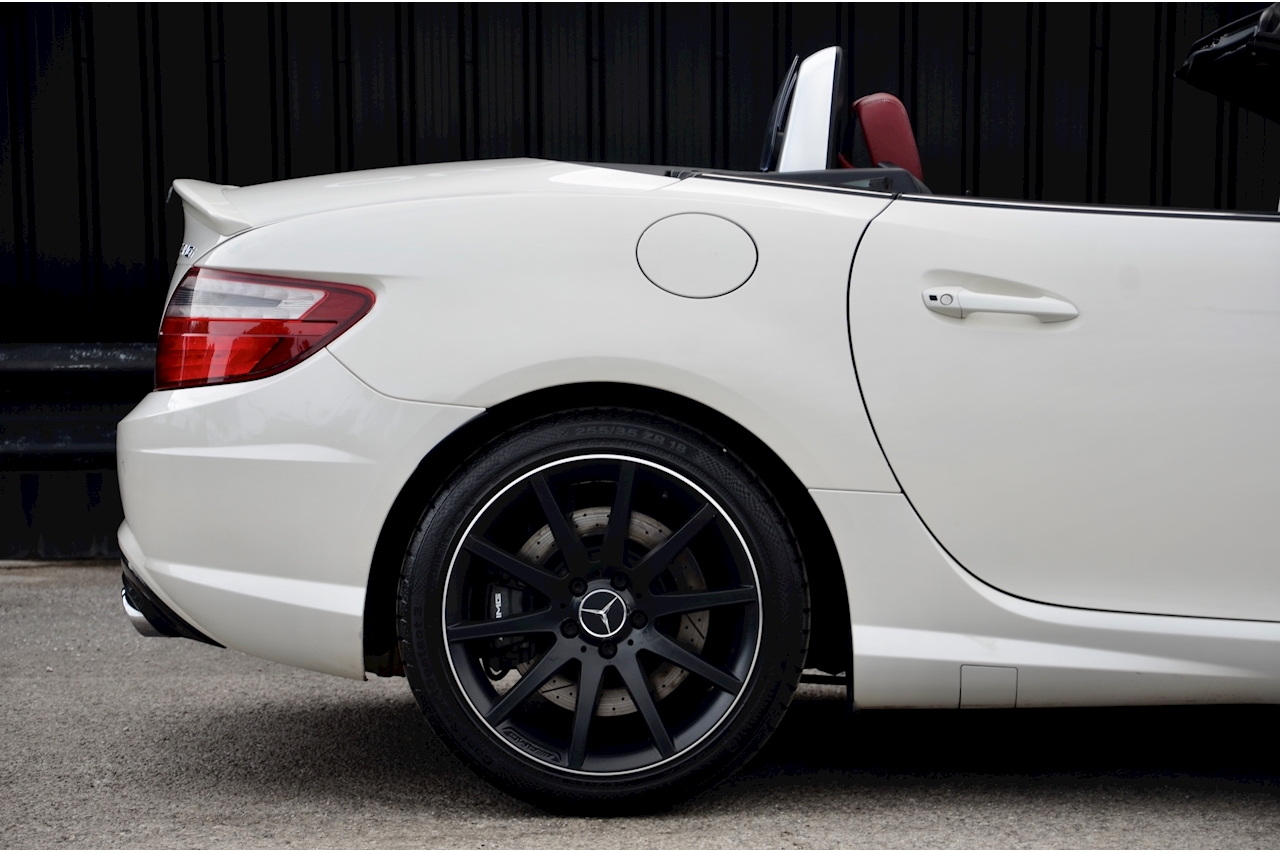 Mercedes-Benz SLK 55 AMG Performance Pack + AMG Drivers Pack + Over £10k Options - Large 12