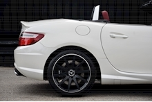 Mercedes-Benz SLK 55 AMG Performance Pack + AMG Drivers Pack + Over £10k Options - Thumb 12