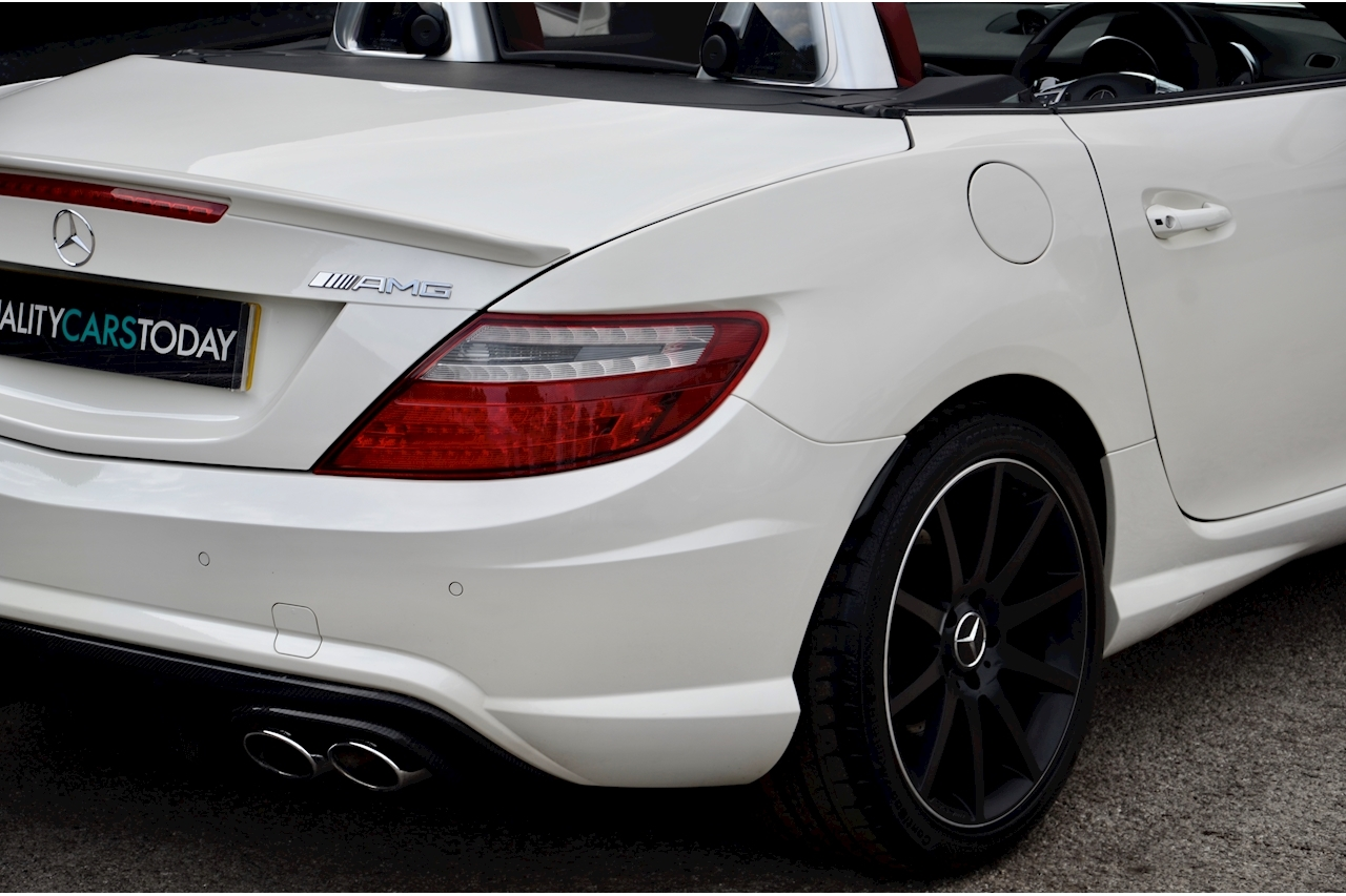 Mercedes-Benz SLK 55 AMG Performance Pack + AMG Drivers Pack + Over £10k Options - Large 11