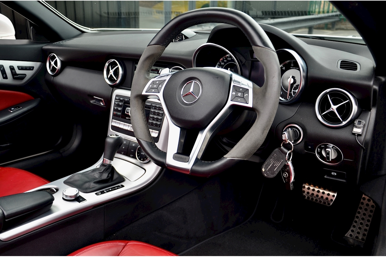 Mercedes-Benz SLK 55 AMG Performance Pack + AMG Drivers Pack + Over £10k Options - Large 18