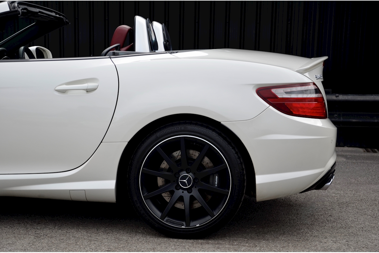 Mercedes-Benz SLK 55 AMG Performance Pack + AMG Drivers Pack + Over £10k Options - Large 22