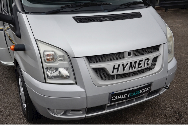 Hymer C542CL Just 20k Miles + High Spec + Exceptional Condition Image 5