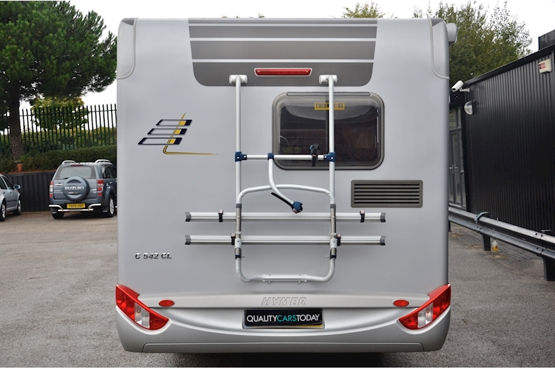 Hymer C542CL Just 20k Miles + High Spec + Exceptional Condition Image 4