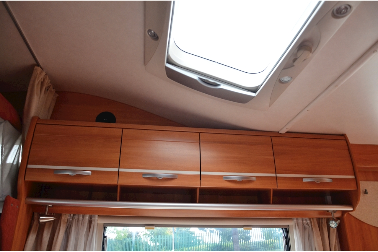 Hymer C542CL Just 20k Miles + High Spec + Exceptional Condition - Large 38